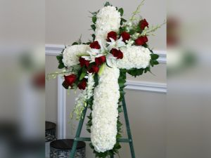Cross Type flower Wreath
